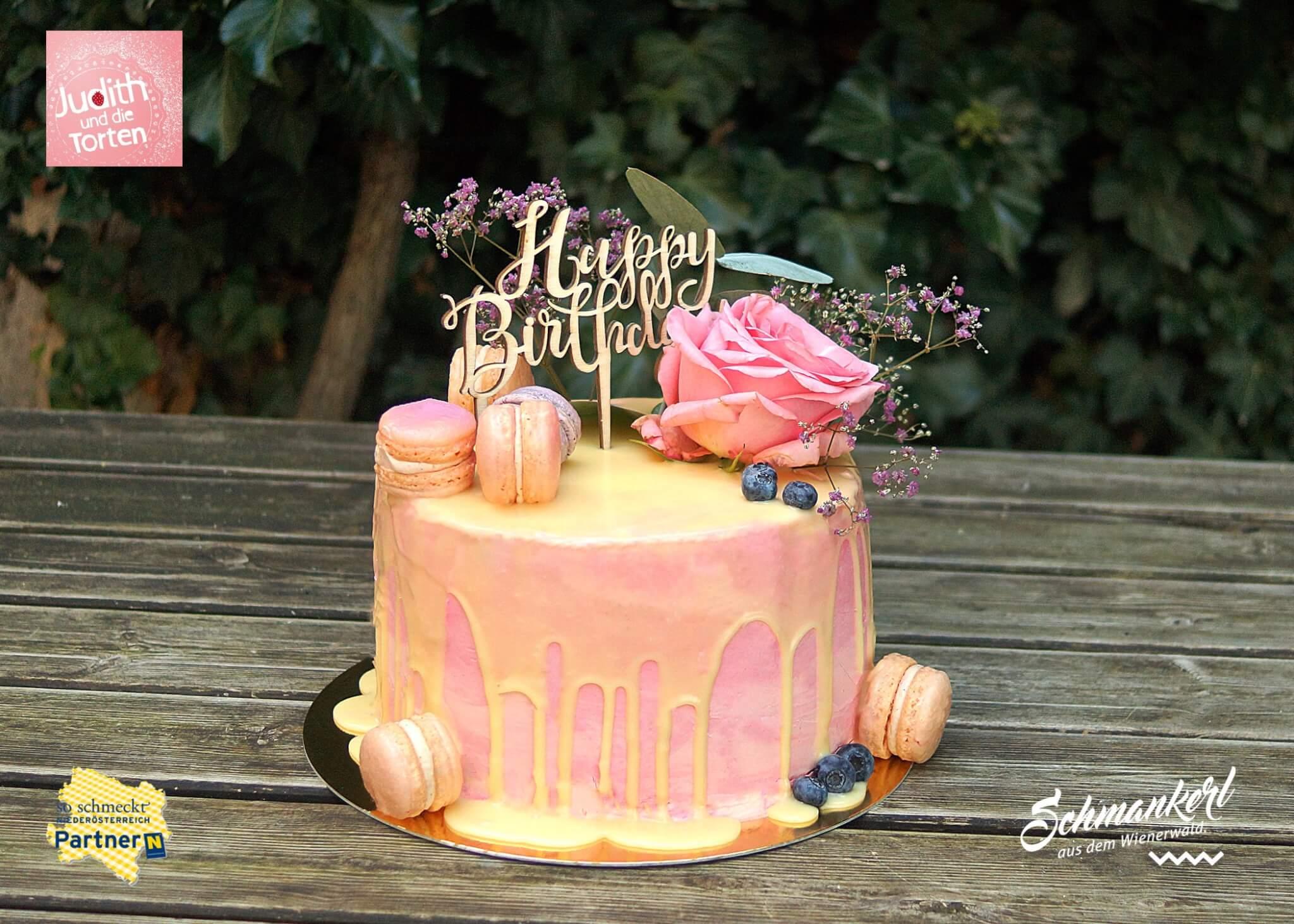 Geburtstagstorte Drip Cake Macaron